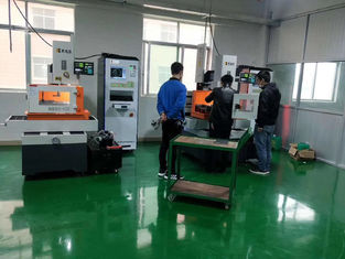 Panasonic Ac Servo Motor CNC Wire Cut EDM Making Metal Molds Plywood Packaging