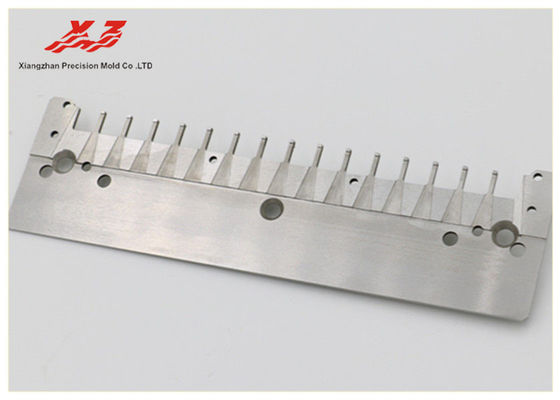 China Automation Mould Precision Auto Parts 0.05 Angle Clearness ISO Certificated distributor