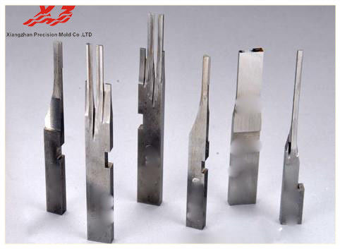 China Precision Connector Mold Parts OEM Service Plastic Mould Components/ 	injection molding automotive parts distributor
